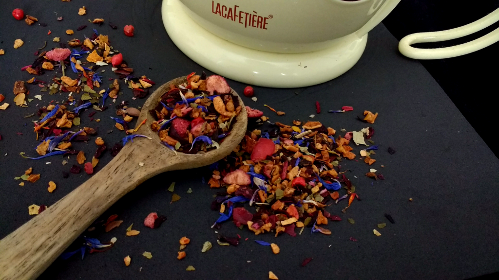 Chilli-Berry-Boom-T2-Tea-Loose-Leaf-Herbal-Tea